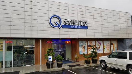 Q Sauna & Spa