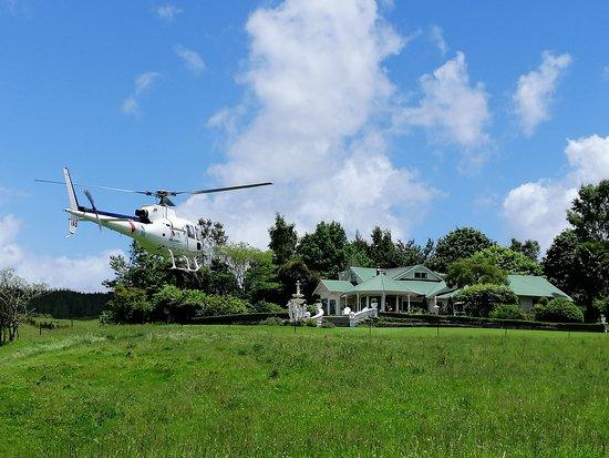 Country Villa Estate: Private Heli Landing