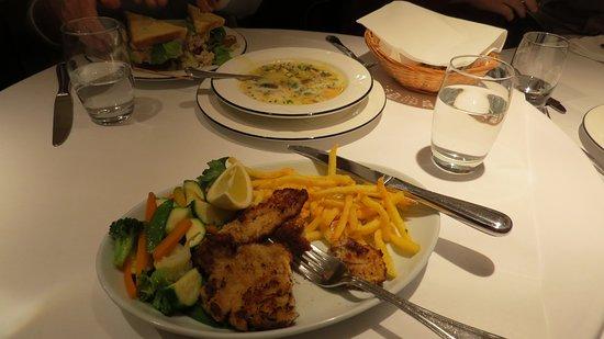 Restaurant Schwanen Cafe de Ville: Weiner Schnitzel