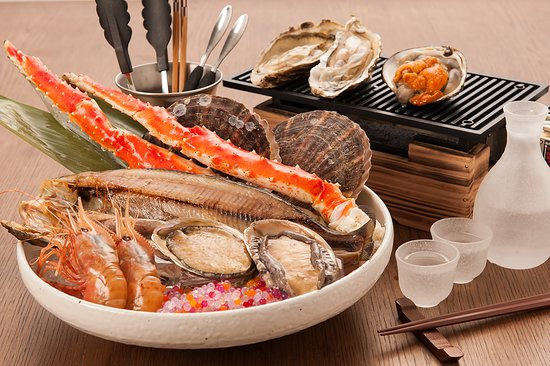 Raphael Restaurant & Bar: Seafood BBQ set for 2 persons