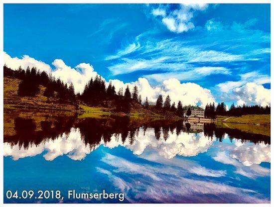 Malerischer Bergsee auf den Flumserberg