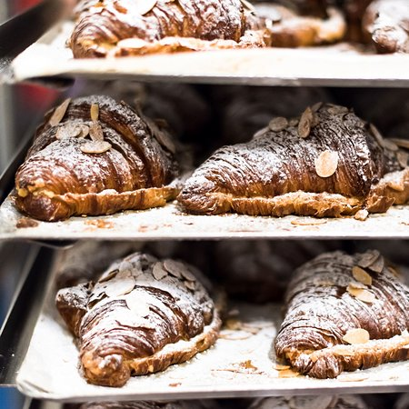 Freshly Baked Bread and Pastries Daily at Battersea Market Café 巴特西