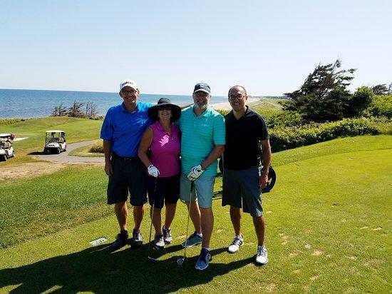 Lakeside, Canada: Happy Golfers.