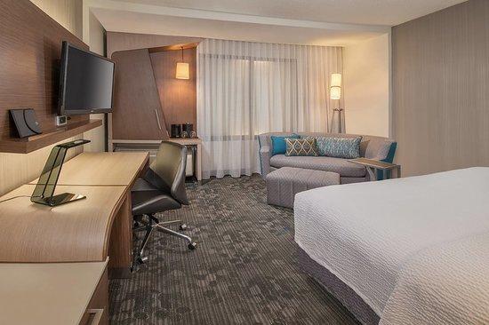 Albion, MI: Guest room
