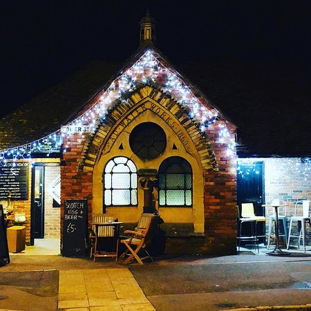 Rye Waterworks Micropub looking festive