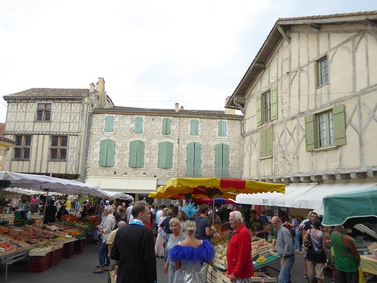 Issigeac Market
