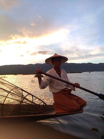 traditional fishing in Innlay
