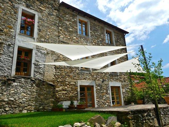 Molini di Triora, Italy: getlstd_property_photo