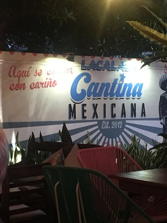 Lacalaca Cantina Mexicana: easy to see this street sign