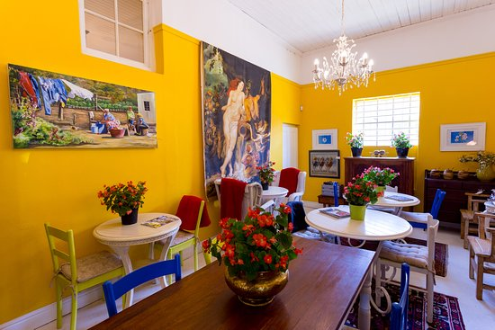 Bridge House: Coffee Shop