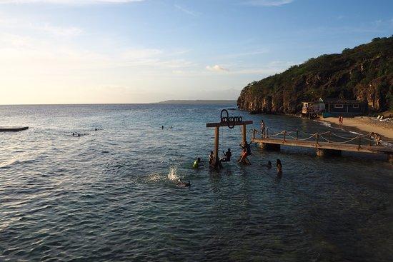 Kokomo beach Curacao: Fun at Kokomo Beach