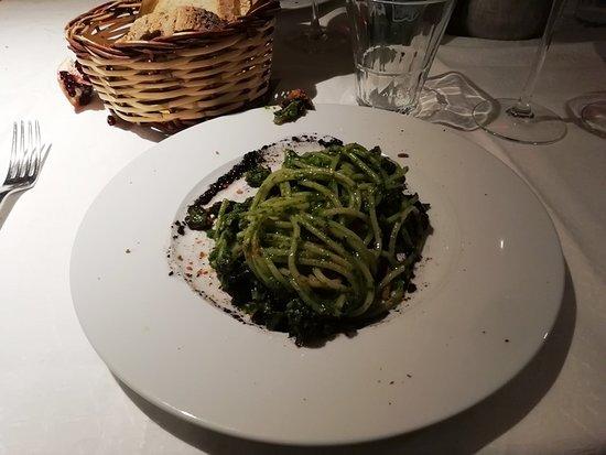 お勧めの野菜系パスタ。アブルツィオ州の名物料理。