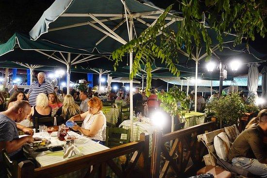 Taverna Irene: Great atmosphere