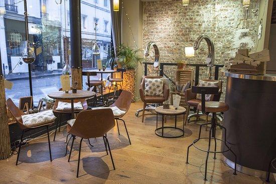 Salon de thé, boissons, plats et pâtisseries bio et sans gluten