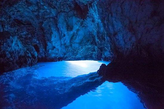 Cave Bisevo