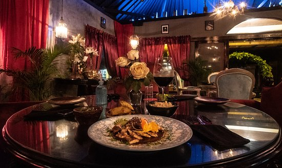 VELVET's menu fuses Hiram's Mexican culinary background with the bold flavors of Bali, extending to uniquely delicious fish, meat and vegetarian dishes.