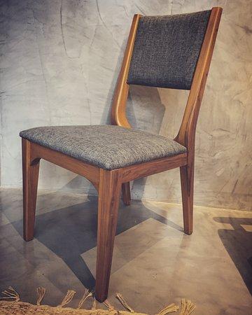Estudio Aura: Chairs and more. Sillas y más.