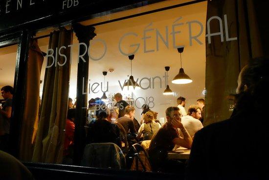 Bistro General: Bistro Général - Bar quartier 18e arr Paris - ouvert tard