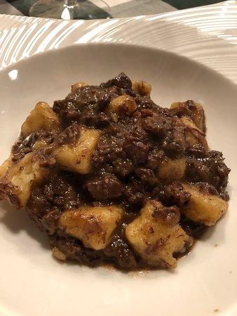 Trattoria Al Pompiere: gnocchi with ragu di asino