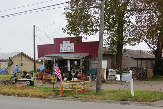 Lockhart Antiques and Collectibles