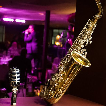 Crooners Supper Club: 'A Classic American Nightclub'