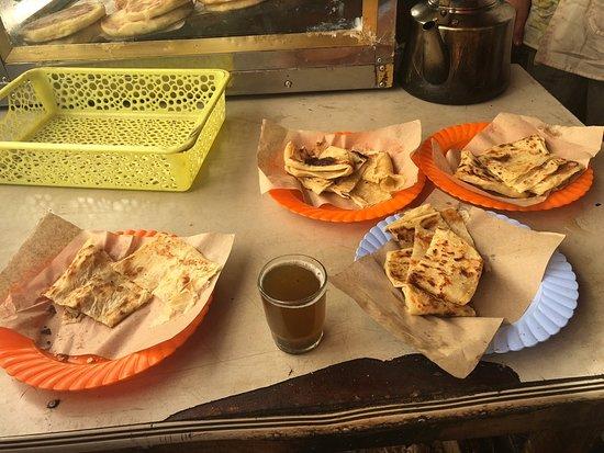 Casablanca Marché Central Food Tour e...