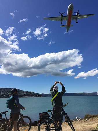 Switched on Bikes: Plane Spotting from a Wellington view spot