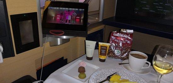 ANA (All Nippon Airways)