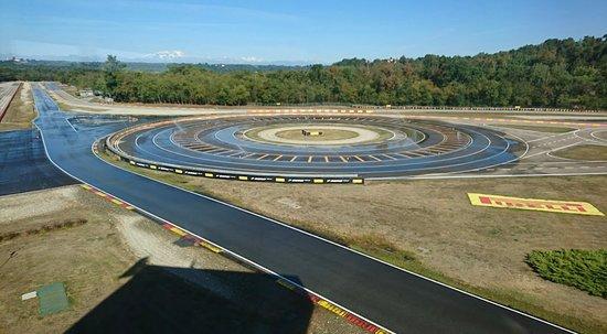 Pirelli Campo Prova Pneumatici
