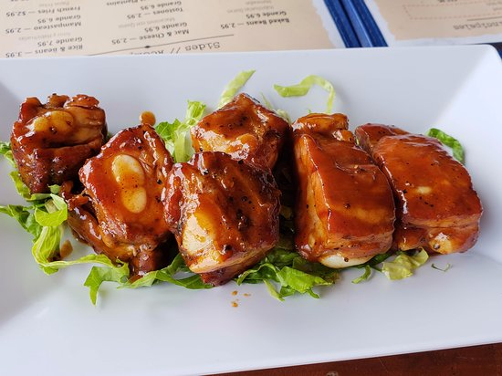 La Vista Smokehouse: ribs
