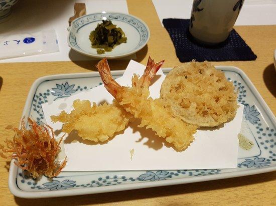 Dish 1 - Prawn head, prawn, lotus root