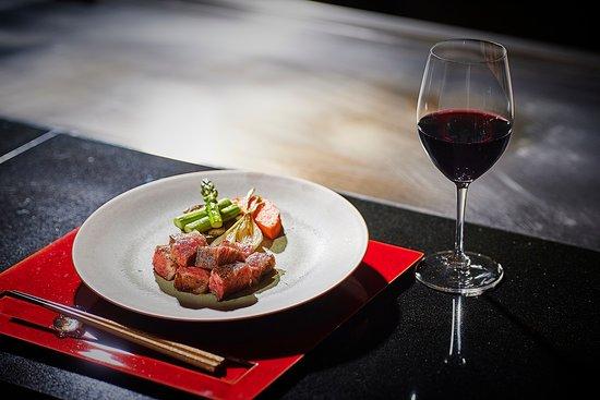 """Beef steak from Teppanyaki """"Yasuma"""""""