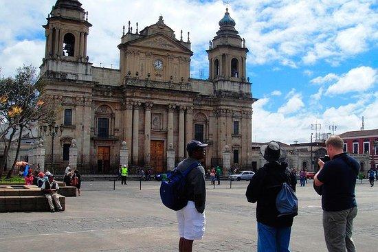 Visita turística por la ciudad de...