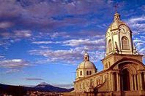 Recorrido por la ciudad de Cueca