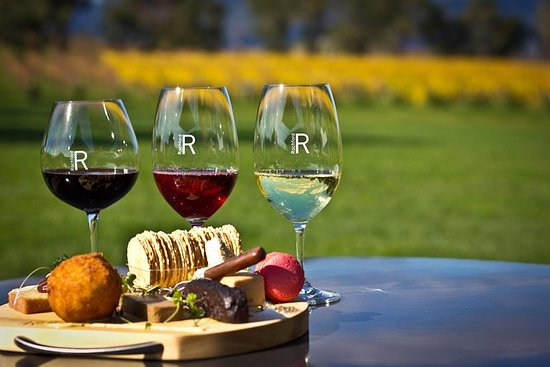 Yarra Valley Gourmet Small-Group...