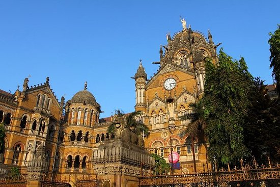 Mumbai in Motion: Mumbai Sightseeing...