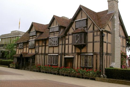 Shakespeare's Stratford-upon-Avon and...