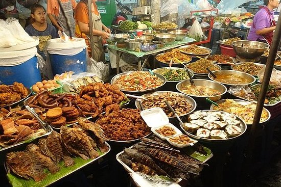Chiang Mai Street Food Small-Group ...