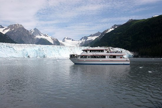 Meares Glacier Cruise Excursion fra...