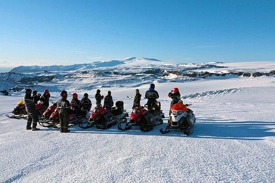 Sydkyst og Glacier Snowmobiling Day...