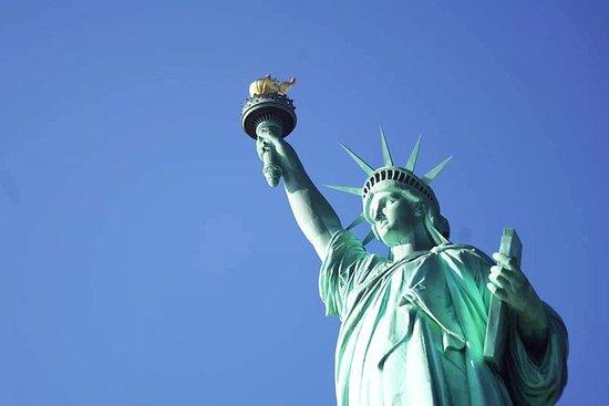 Visita por la tarde a la Estatua de...