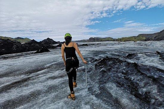 小グループツアー:アイスランド南岸と氷河ハイキング