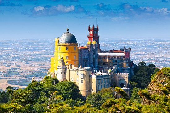 Full-Day Sintra Palaces Lille...