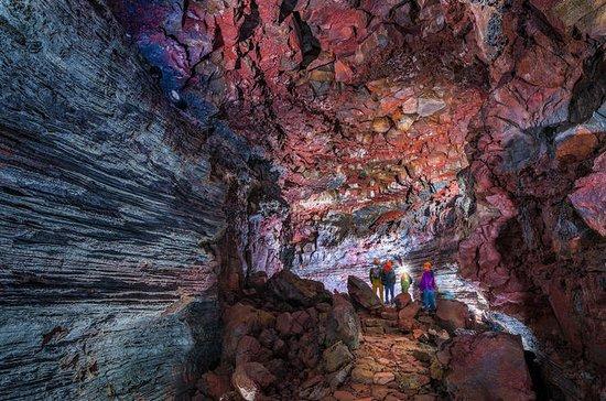 Standaard Lava Tunnel Tour ...