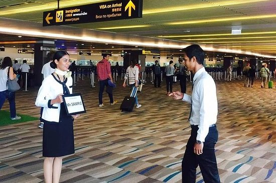 Aeropuerto Internacional de Phuket...