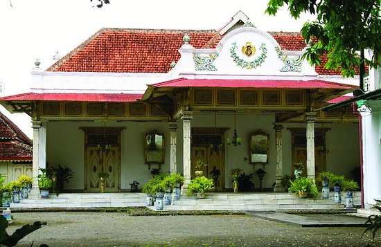 Full-Day Yogyakarta Royal Journey