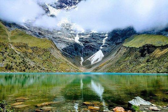 徒步到秘鲁的Humantay湖