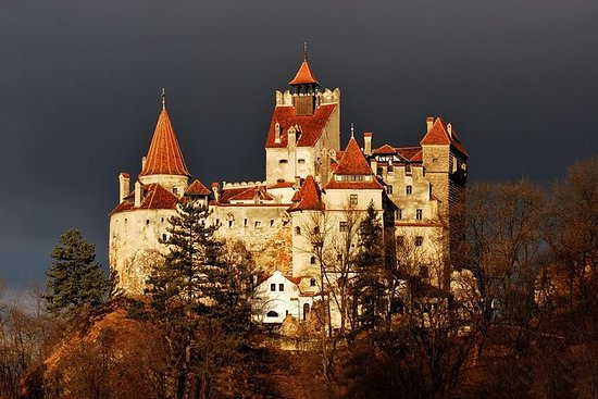 Skip the line at Bran Castle