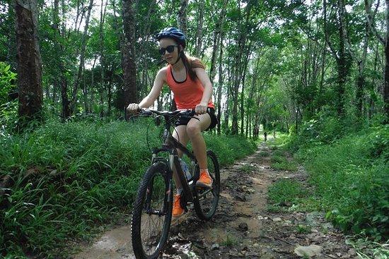 Phuket Countryside halv dag sykkeltur