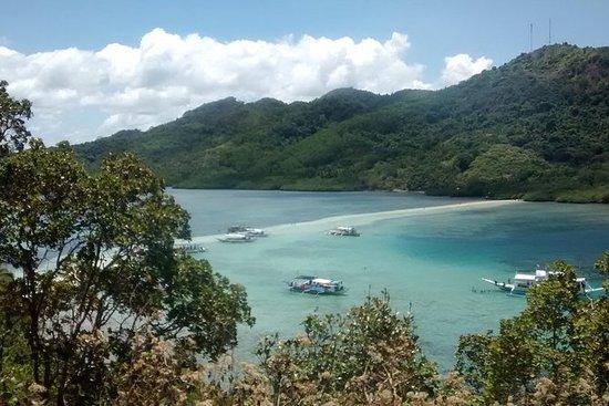 爱妮岛跳岛游B:洞穴和海湾自助午餐